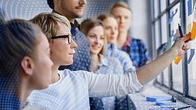 Training & Trainer:  Digitale Trainingslandschaft - Die Weichen des Lehrens & Lernens neu stellen