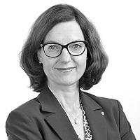 Dr Katharina Hoehn Deutsche Versicherungsakademie DVA Hauptgeschäftsführerin