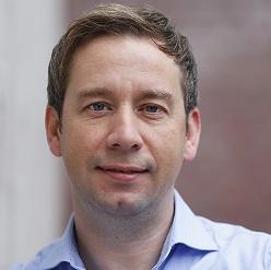 Dr. Dominik Mahr
